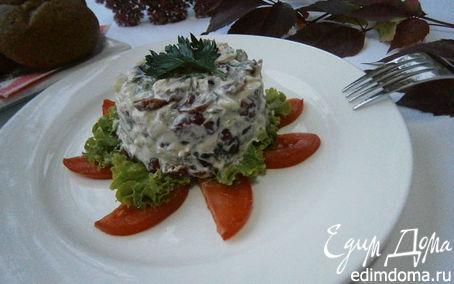 Рецепт Салат из курицы, сельдерея и клюквы