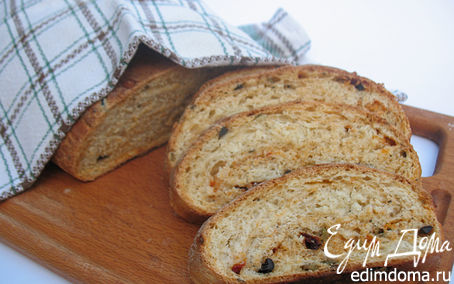 Рецепт Итальянский хлеб с оливками, маслинами, вялеными помидорами и итальянскими травами