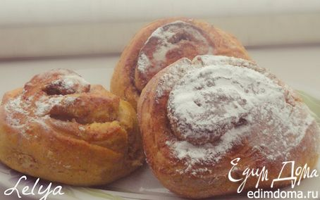 Рецепт Тыквенные булочки с миндалем и корицей