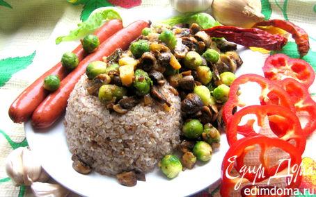 Рецепт Гречневые хлопья с тыквой, грибами и колбасками