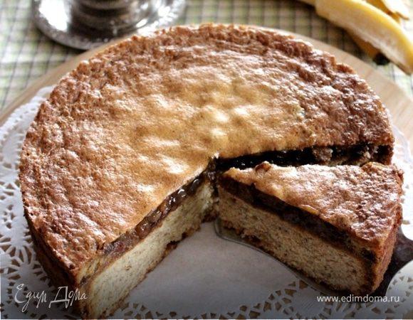 Банановый пирог в пряной заливке