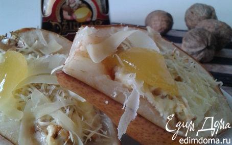 Рецепт Запеченная медовая груша с творогом, грецкими орешками и сыром Джюгас
