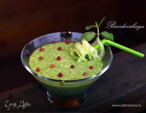 Питьевой салат с огурцом и дыней