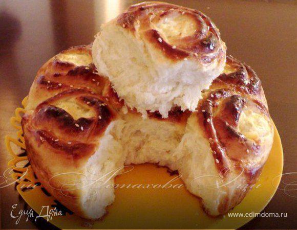 Пирог с творожными розами