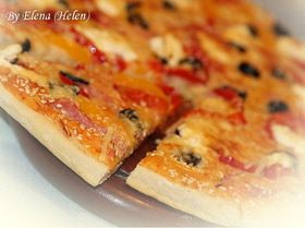 Пицца с ветчиной, перцем и творожным сыром