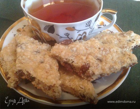 Быстрое печенье с изюмом и орехами