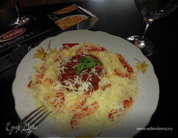 Капеллини с соусом и беконом