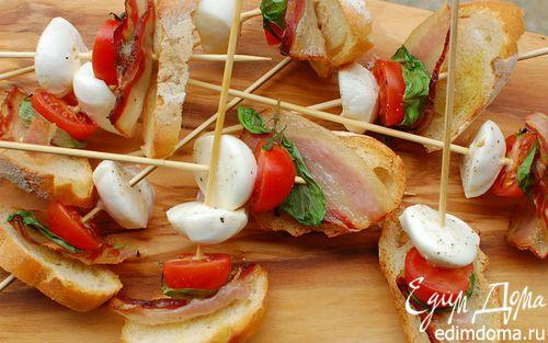 Рецепт Моцарелла и помидоры на шпажках