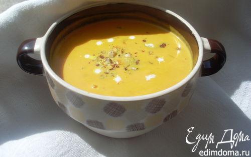 Рецепт Крем-суп из тыквы с лесным орехом