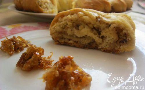 Рецепт Рулет с орехами и изюмом