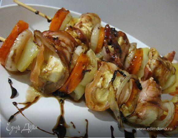 Шашлык из курицы с овощами