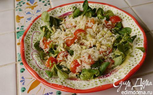 Рецепт Салат с рисом, сельдереем и кедровыми орешками