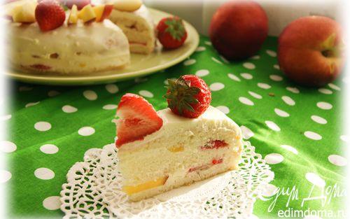 """Рецепт Бисквитный фруктовый торт со сливочным кремом к празднику """"День семьи, любви и верности"""""""