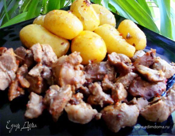 Азу из индейки с запеченным картофелем