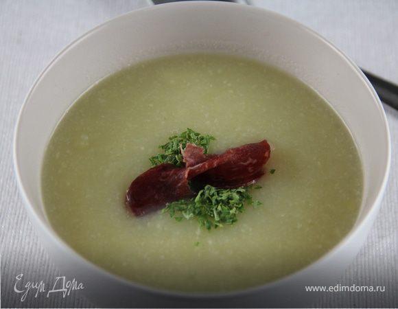 Суп-пюре из сельдерея и лука-порея
