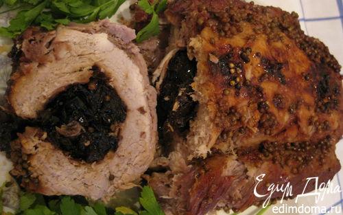 Рецепт Буженина фаршированная черносливом в фольге