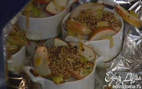 Рецепт Купаты, запеченные с пореем и яблоками