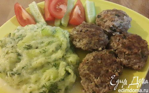 Рецепт Мясные котлеты с гречкой и кабачковое пюре