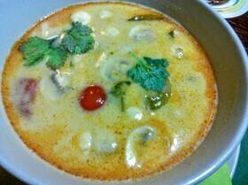 Куриный суп на кокосовом молоке (Tom Khaa Gai)
