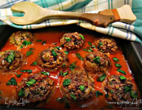 Тефтели с грибами в томатном соусе