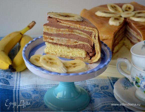 Блинный торт с бананами и шоколадным муссом
