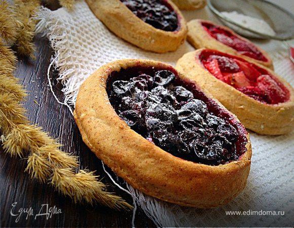 Постные ржаные мини-галеты с ягодами