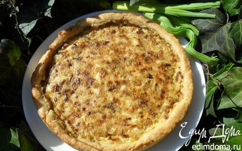 Рецепт Нежный киш с луком-пореем и соевым сыром