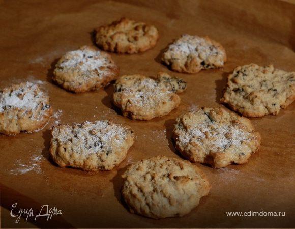 Печенье с черносливом, грецкими орехами и корицей