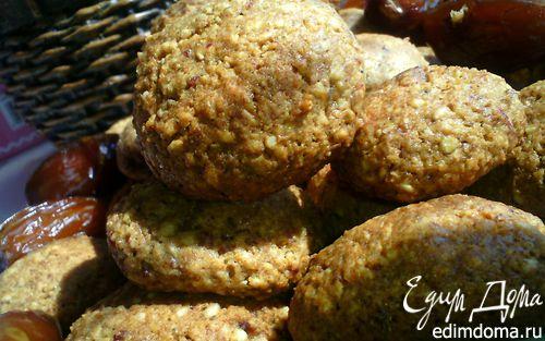 Рецепт Печенье с финиками и кунжутом