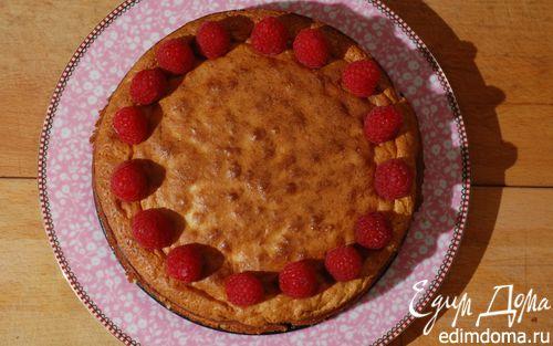 Рецепт Пирог с белым шоколадом и малиной
