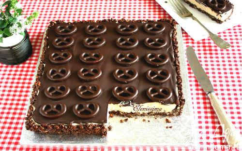 Рецепт Шоколадный пирог с мини-бретцелями