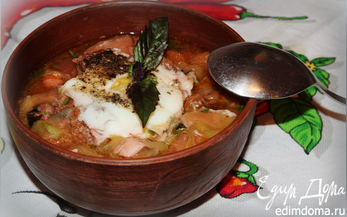 Рецепт – Чесночный суп с цукини и сухариками
