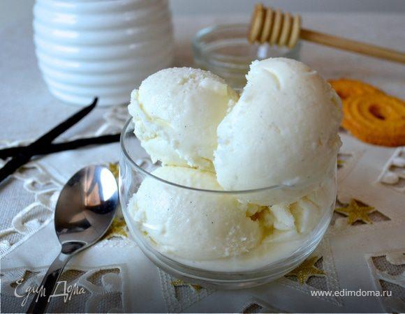 Ванильное мороженое со сливочным сыром и мёдом