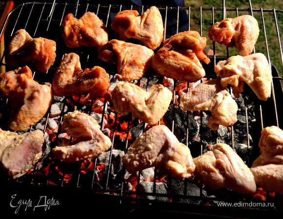 Куриные крылышки-гриль в двух маринадах