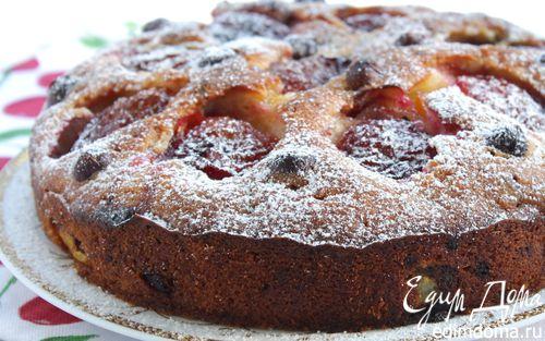 Рецепт Сливовый пирог с орехами и шоколадом