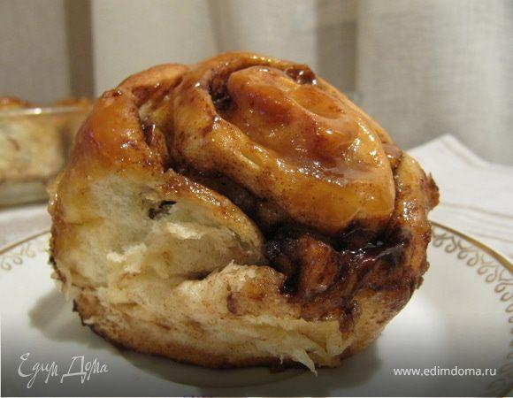 Синнабон с яблоками и карамелью (Caramel Apple Cinnamon Rolls)