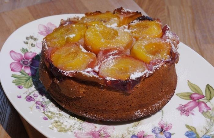 Перевернутый пирог с персиками рецепт