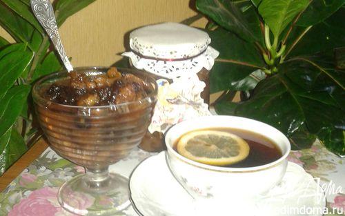 Рецепт Грушевое варенье с грецкими орехами и черносливом