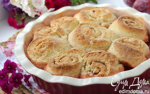 Рецепт Пирог со сливой и спиральками с корицей