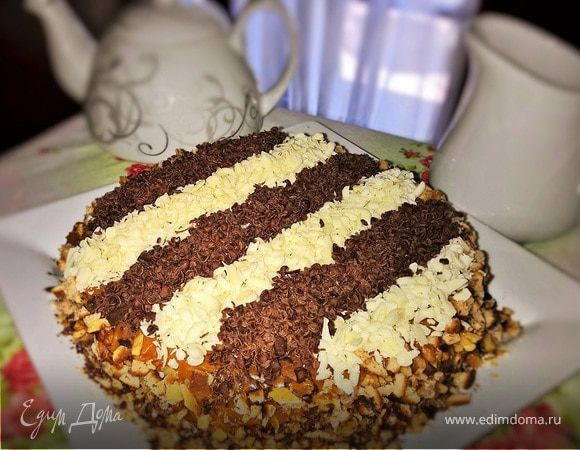 Торт с цветной шоколадной стружкой