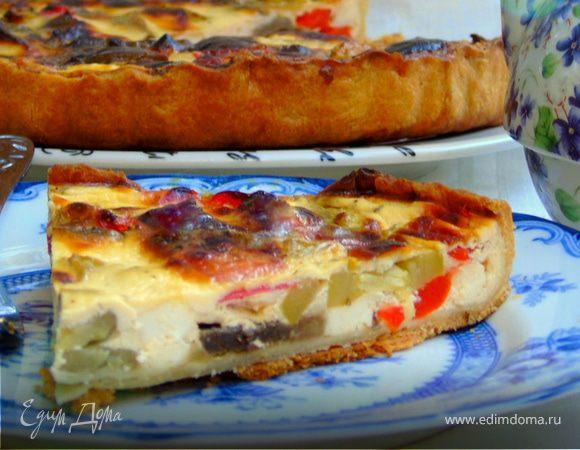 Сметанный тарт с овощами и фетой
