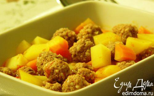 Рецепт Говяжьи тефтели с булгуром, тушеные с овощами