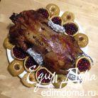 Фаршированный гусь, запеченный в духовке с яблоками