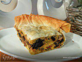 Картофельно-грибной торт с черносливом