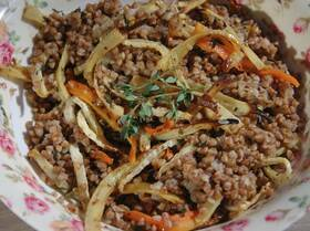 Гречневая каша с запеченными овощами