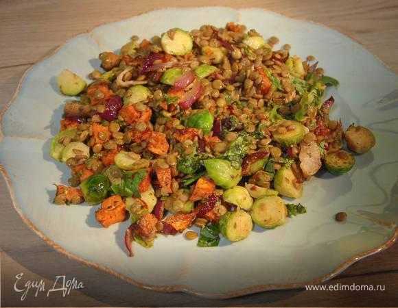 Овощной салат с зеленой чечевицей