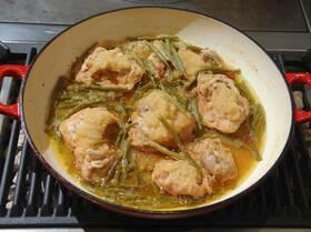 Курица по-корейски с грушами и фасолью