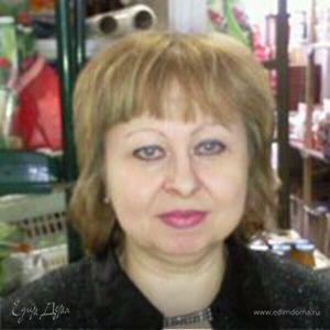 Таня Атаманова