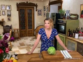 Рецепт пирога — хрустящий капустный штрудель от Юлии Высоцкой | #сладкоесолёное №88