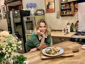 Креветки со шпинатом в сливочном соусе от Юлии Высоцкой | #сладкоесолёное №129